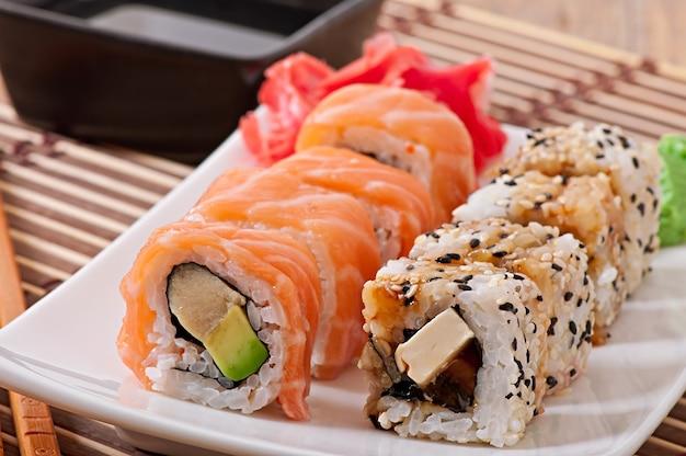 Japońskie Jedzenie - Sushi I Sashimi Darmowe Zdjęcia
