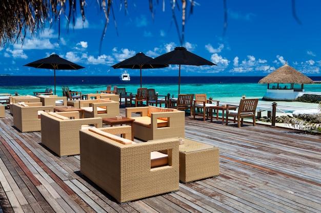 Jeden Bar Na Wakacyjnej Wyspie Premium Zdjęcia