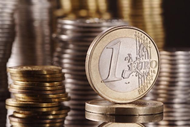 Jedno Euro Na Monetę Premium Zdjęcia