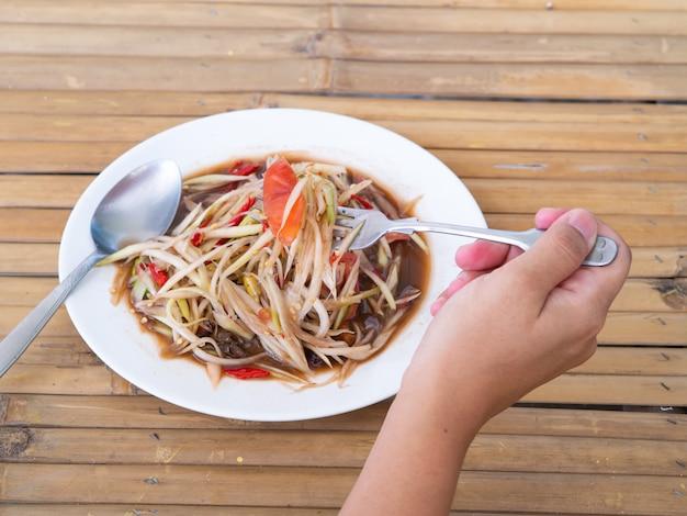 Jedzenie Sałatki Z Papai Thaifood Premium Zdjęcia