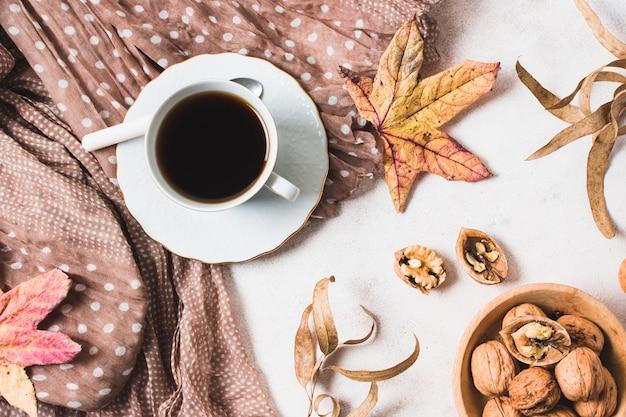 Jesienna Kompozycja Z Góry Darmowe Zdjęcia