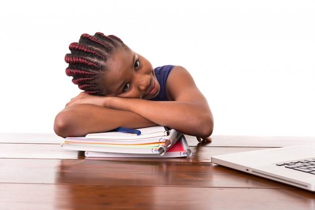Jestem Zmęczony Studiowaniem! Premium Zdjęcia