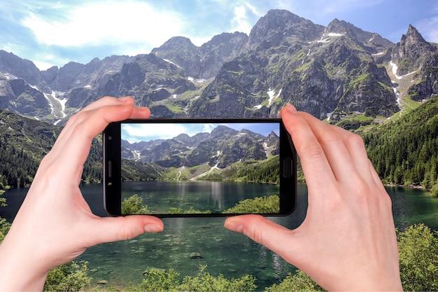Jezioro Morskie Oko W Tatrach Polskich. Jezioro Pięciu Najlepszych Jezior Na świecie Premium Zdjęcia