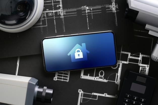 Kamera Internetowa Bezpieczeństwa Cctv Z Ikonowym Interfejsem Na Smartfonie Premium Zdjęcia