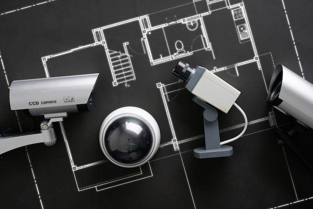 Kamera Internetowa Z Ochroną Cctv Z Planem Domu Premium Zdjęcia