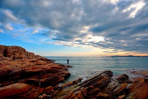 Kamień I Morze Premium Zdjęcia