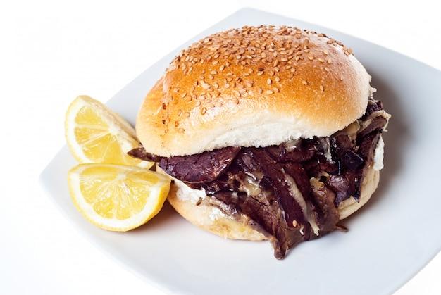 Kanapka Ze śledzioną. Palermo Street Food Premium Zdjęcia