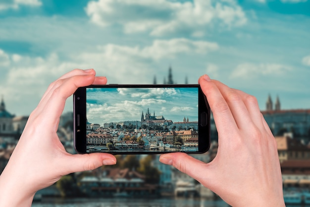 Katedra świętego Wita W Pradze Czechy. Zdjęcie Telefonu Premium Zdjęcia