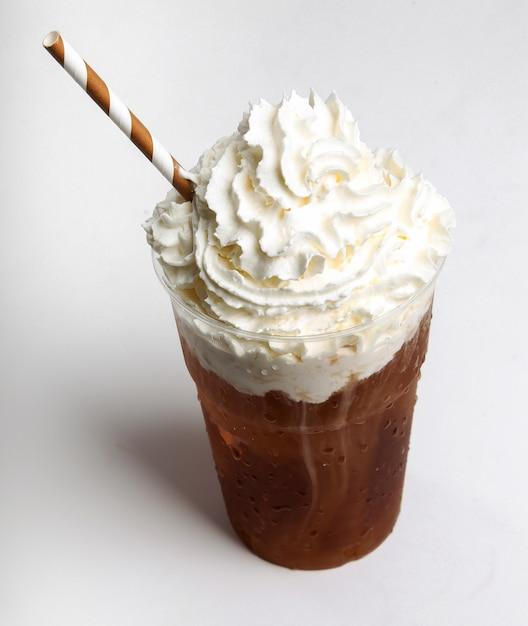 Kawa Frappe Na Białym Tle Darmowe Zdjęcia