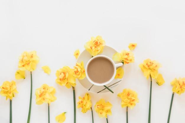Kawa I Kwiaty Darmowe Zdjęcia