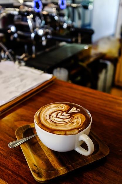 Kawa latte art Premium Zdjęcia