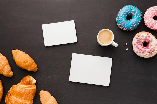 Kawa Z Pączkami I Rogalikiem Darmowe Zdjęcia