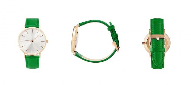 Klasyczny damski złoty zegarek czarna tarcza, skórzany pasek, izolowanie na białym tle Premium Zdjęcia