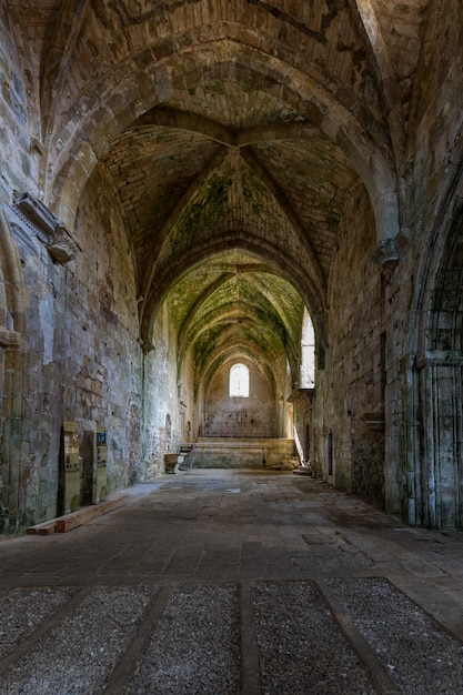 Klasztor santa maria de rioseco. burgos hiszpania. Premium Zdjęcia