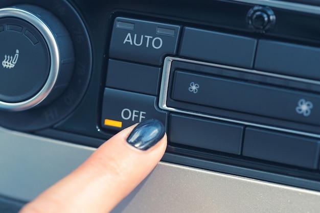 Klimatyzacja W Nowym Samochodzie Premium Zdjęcia