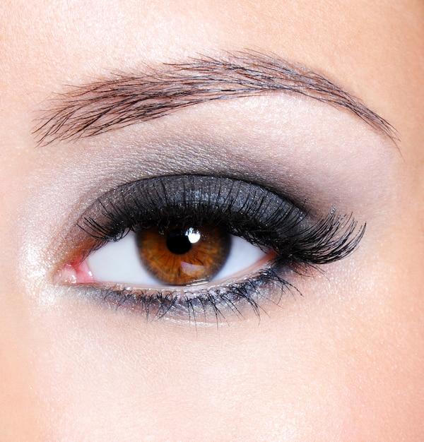 Kobiece Oko Makijażem Ciemny Brąz Glamour - Makro Darmowe Zdjęcia