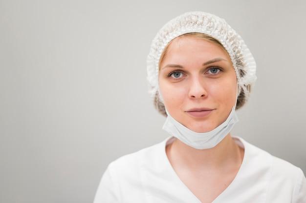 Kobieta Ubrana Maska Medyczna Darmowe Zdjęcia