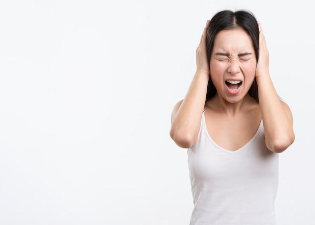 Kobieta Z Dużą Ilością Bólu Głowy Darmowe Zdjęcia