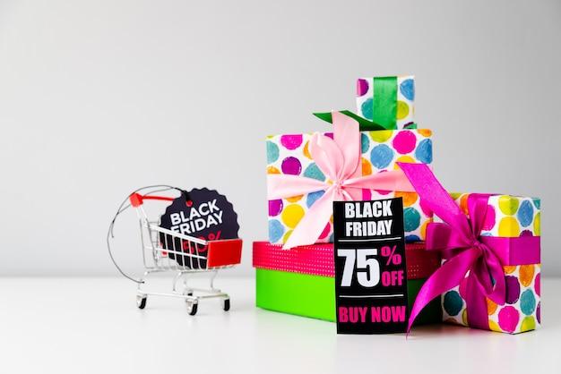 Kolekcja prezentów z czarnymi tagami piątek Darmowe Zdjęcia