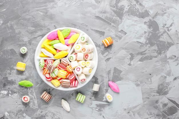 Kolorowe Cukierki, Galaretki I Marmolady, Niezdrowe Słodycze. Darmowe Zdjęcia