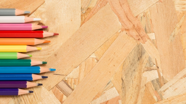 Kolorowe Kredki Kopia Przestrzeń Darmowe Zdjęcia