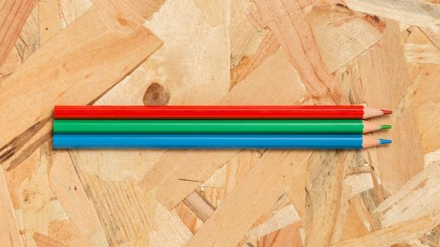 Kolorowe Kredki Na Podłoże Drewniane Darmowe Zdjęcia