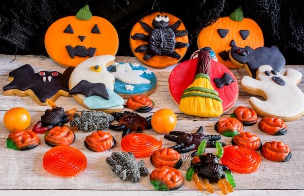 Kolorowe pierniki na halloween Premium Zdjęcia