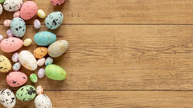 Kolorowi Easter Jajka Z Przestrzenią Darmowe Zdjęcia