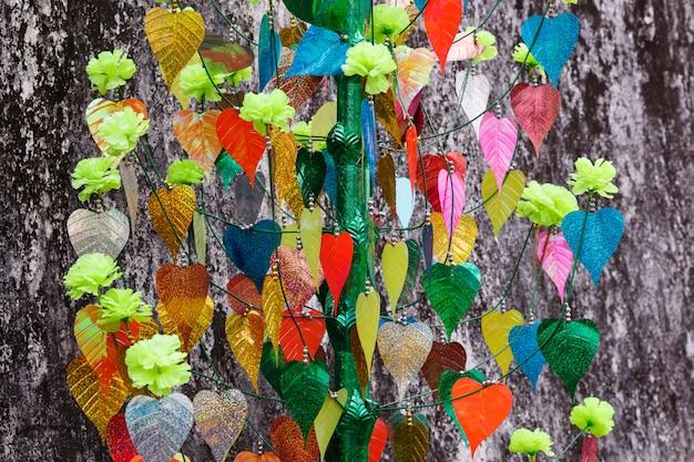 Kolorowi liście bodhi drzewo Premium Zdjęcia