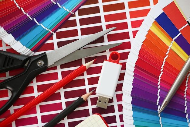 Kolorowy Wydruk Przesunięcia Statystyki Pantone Premium Zdjęcia