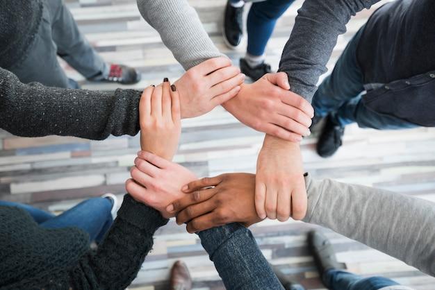Koncepcja Społeczności Z Rękami Ludzi Darmowe Zdjęcia