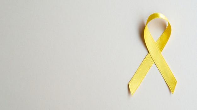 Koncepcja świadomości raka złota wstążka Darmowe Zdjęcia