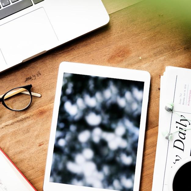 Koncepcja technologii połączenia urządzenia cyfrowego Darmowe Zdjęcia