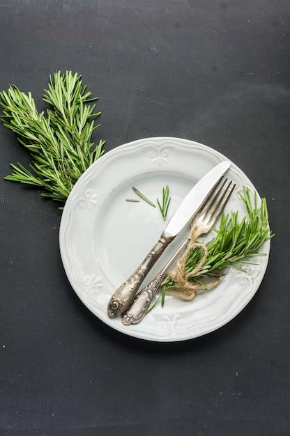 Koncepcja żywności ekologicznej z rozmarynem Premium Zdjęcia