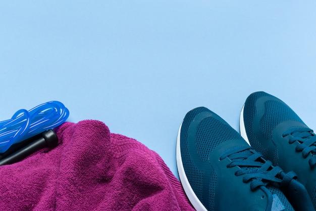 Koncepcje Sports Fitness Ze Sprzętem Do ćwiczeń Premium Zdjęcia