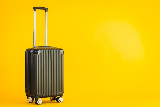 Korzystanie Z Bagażu Lub Torby Bagażowej W Kolorze Czarnym W Podróży Transportowej Darmowe Zdjęcia
