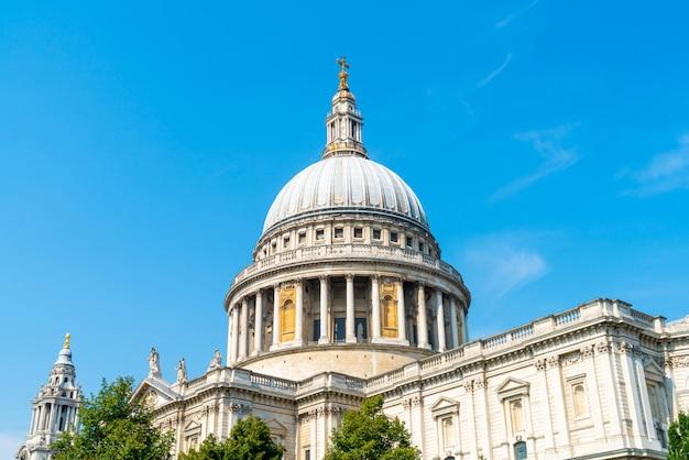 Kościół Katedralny świętego Pawła W Londynie. Premium Zdjęcia
