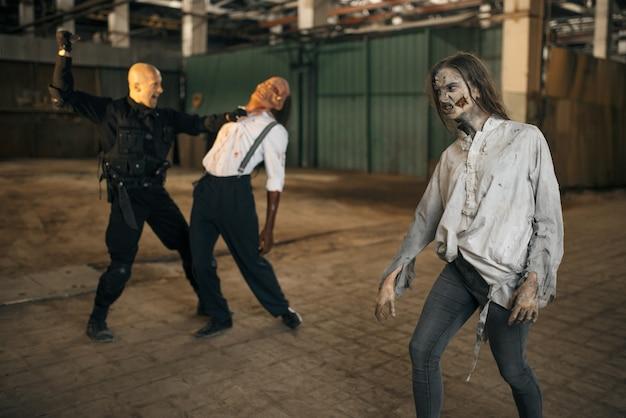 Koszmar Wojskowy, Walka Z Armią Zombie Premium Zdjęcia