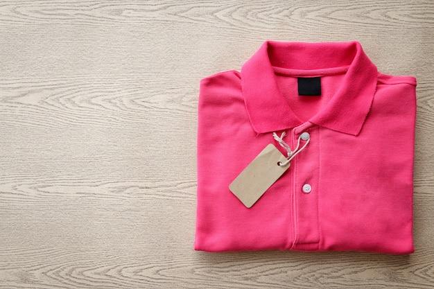 Koszulka polo złożona z metką Premium Zdjęcia