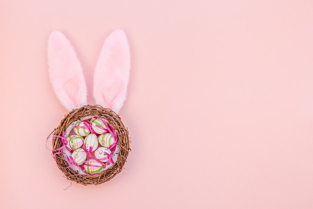 Kreatywna Wielkanocna Kompozycja Płasko świecka Premium Zdjęcia