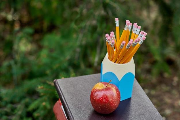 Książki szkolne na ołówki Premium Zdjęcia