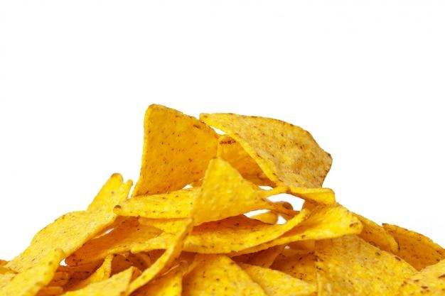 Kukurydzani nachos na bielu Premium Zdjęcia