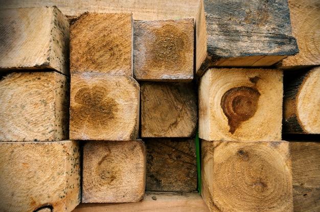 Kwadratowe Drewno Na Zewnątrz Premium Zdjęcia