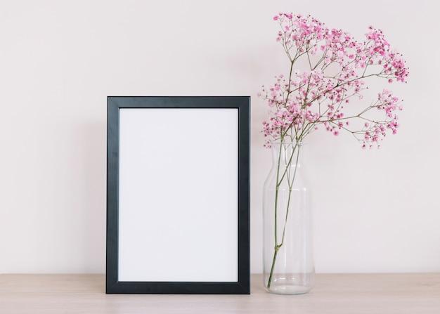 Kwiaty i ramka Darmowe Zdjęcia