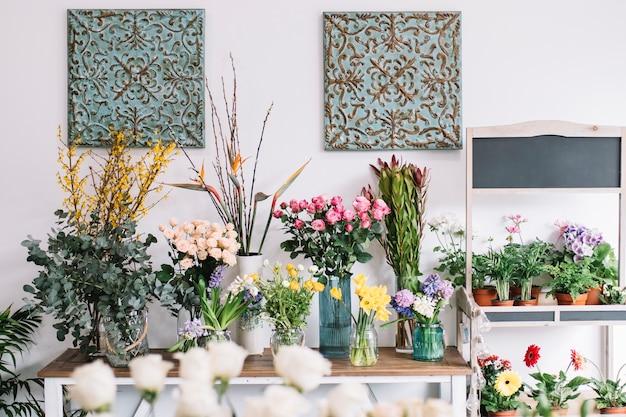 Kwiaty W Atelier Kwiaciarni Darmowe Zdjęcia