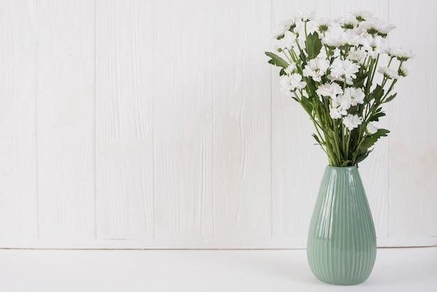 Kwiaty W Tle Przestrzeni Kopii Darmowe Zdjęcia