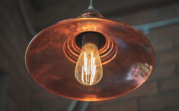 Lampa sufitowa w stylu vintage Premium Zdjęcia