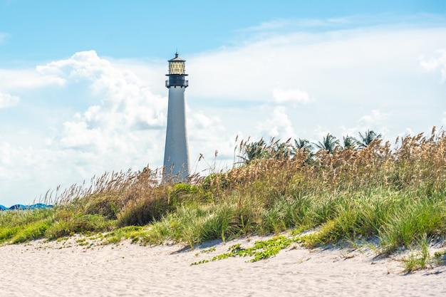 Latarnia Morska Na Przylądku Florydy, Key Biscayne, Miami, Floryda, Usa Premium Zdjęcia