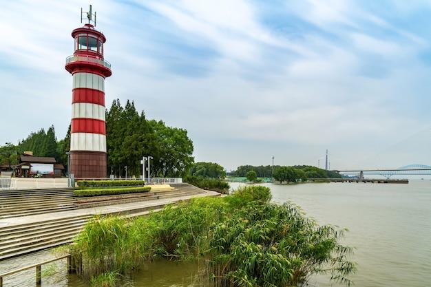 Latarnia Morska W Riverside Park Premium Zdjęcia