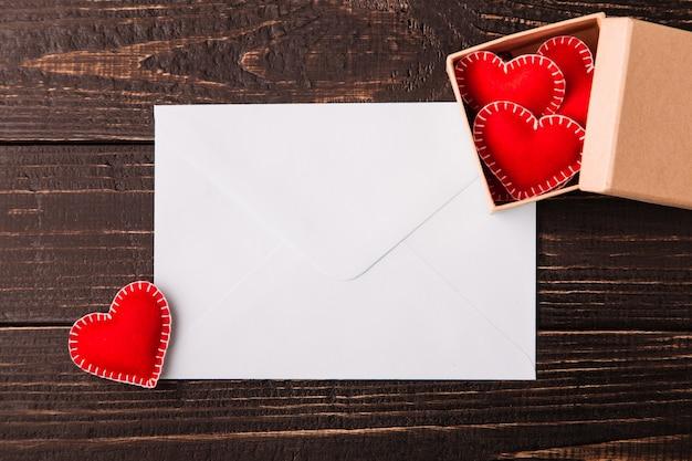 List miłosny na walentynki Premium Zdjęcia